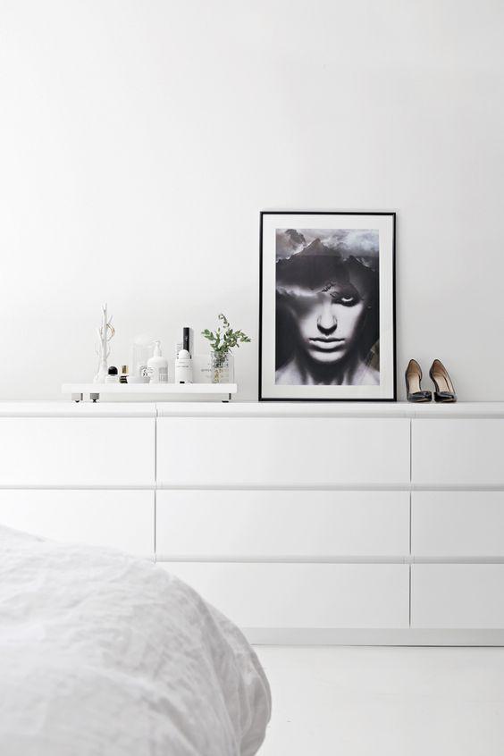 Blancas, sencillas, con un diseño cuidado, un precio más que razonable... Son solo algunas de las virtudes que podemos destacar de las ...
