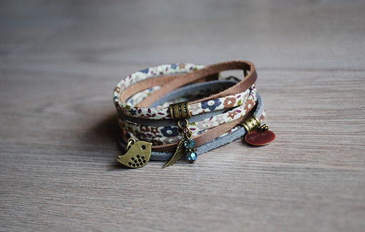 Bracelet Liberty et cuir Oiseau bronze/gris double tour : Bracelet par latelierdevicky
