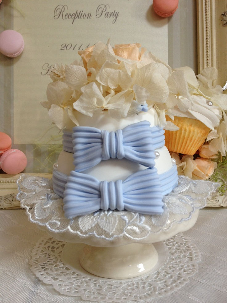 Dolce Deco Wedding, ring pillow