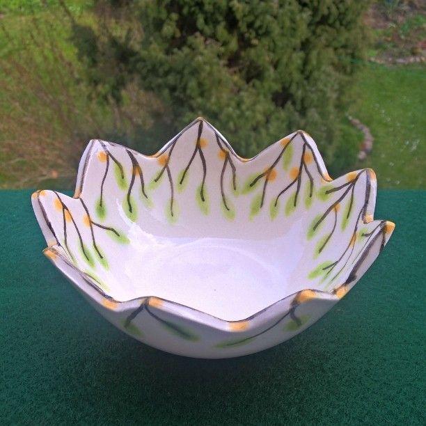 Small ceramic bowl hand painted... Handmade #bowl #ceramic #egg #easter#spring #easteregg#