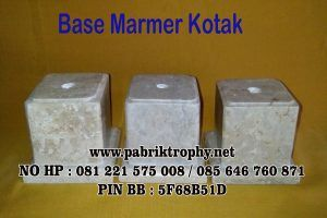 Base marmer kotak