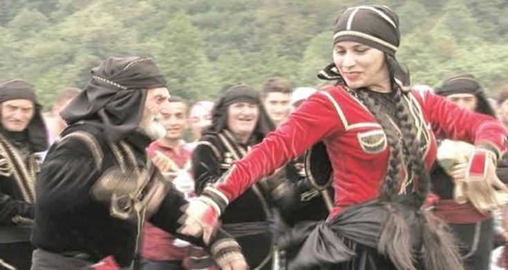 Artvin'deki yaşlılar korosu UNESCO tarafından tescillendi  http://724kultursanat.com/artvindeki-macahel-yaslilar-korosu/