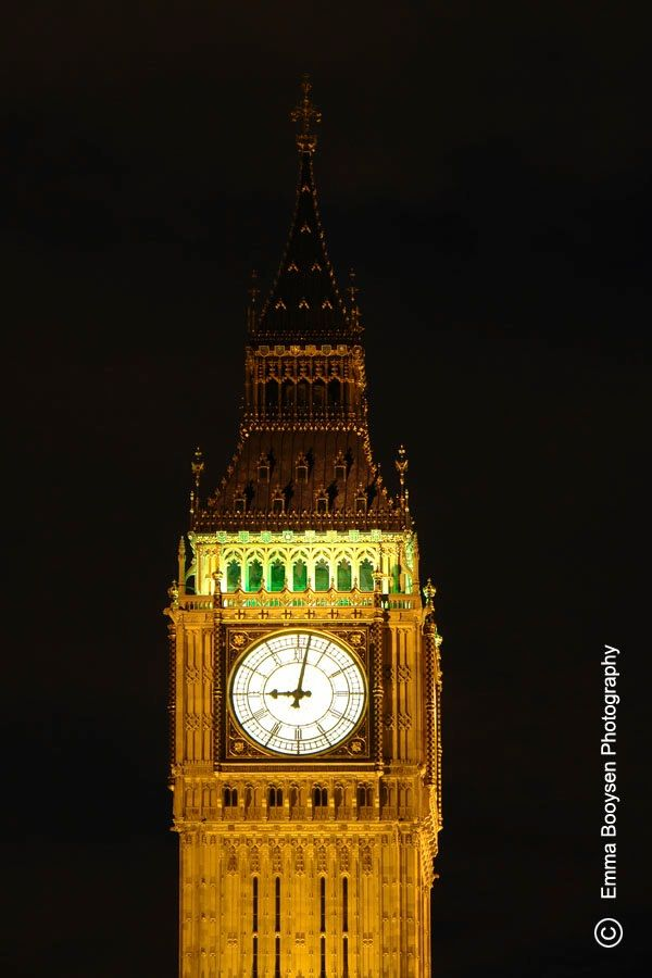 One of my London photos of the Big Ben during my traveling in 2006.