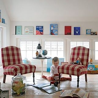 Mmmm buffalo check!: Books Display, Plays Rooms, Child Rooms, Bedrooms Accent, Rooms Ideas, Retro Style, Buffalo Check, Red Gingham, Kids Rooms