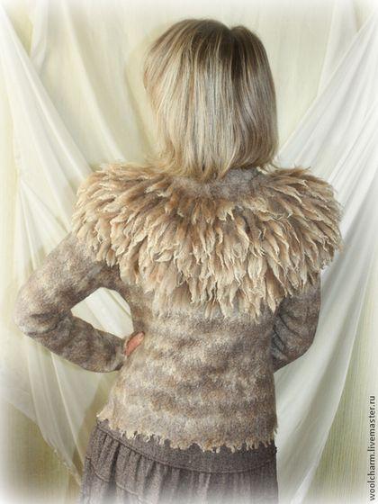 Верхняя одежда ручной работы. Ярмарка Мастеров - ручная работа Валяная куртка А мне тепло и бежево. Handmade.
