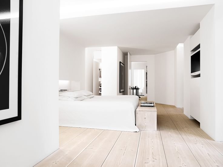Exclusive flat in Copenhagen with 45 cm wide Douglas floorboards