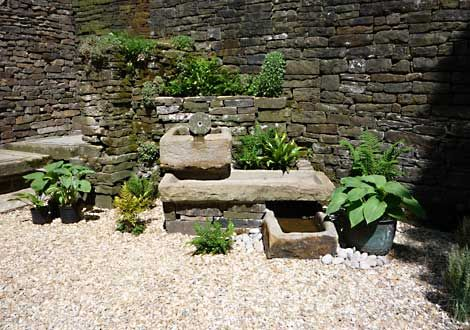 Small garden water features water features huddersfield for Small water features