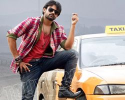 sai dharam tej supreame's world wide rights sold for huge price