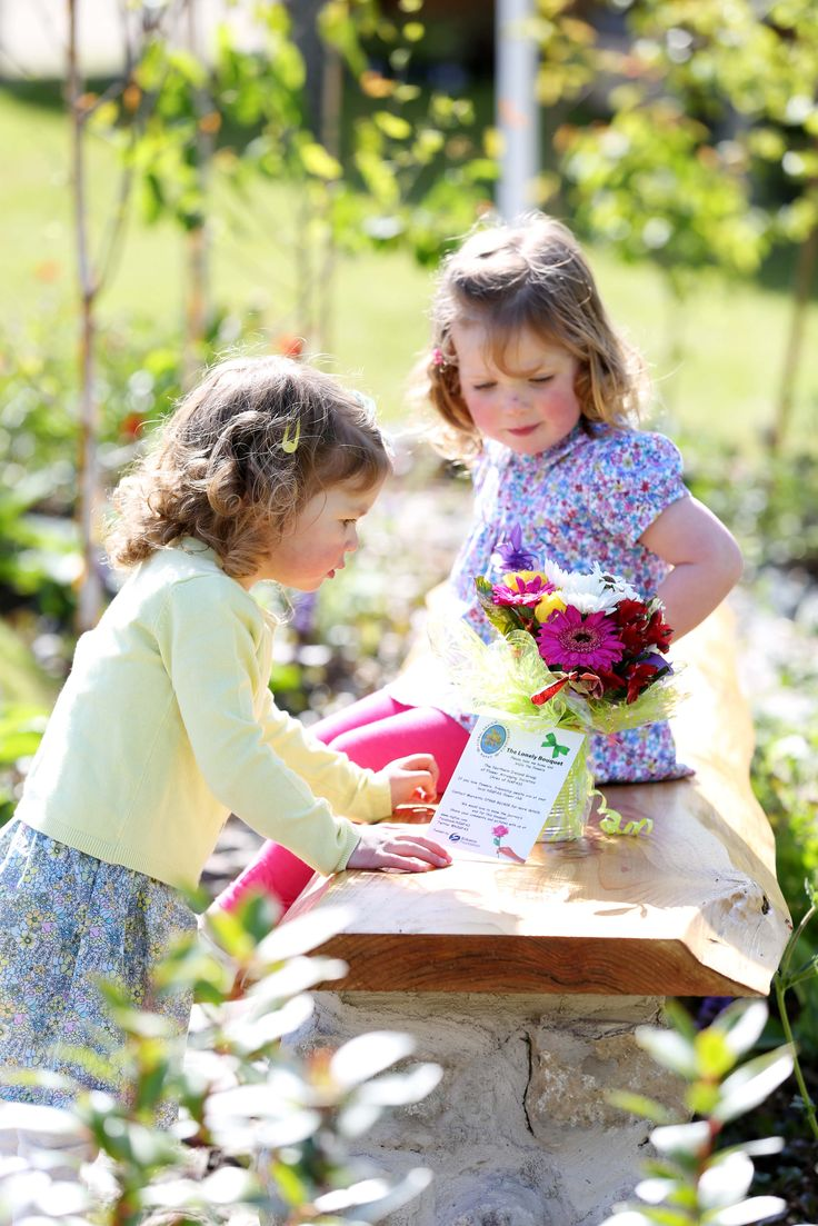 The glorious May weather is continuing as the gates open today to Northern Ireland's premier gardening event, the much anticipated Allianz Garden Show Ireland at Antrim Castle Gardens.  Find out more at http://whatsonni.com/news/2017/05/sun-shines-on-antrim-as-allianz-garden-show-ireland-begins/?utm_content=bufferde962&utm_medium=social&utm_source=pinterest.com&utm_campaign=buffer