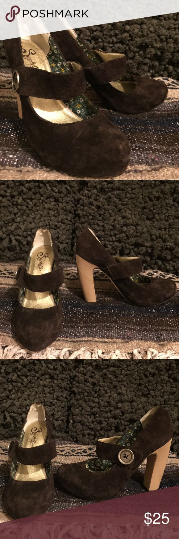 Brown suede Seychelles size 9 platform heels Brown suede Seychelles in very good used condition!!! Hardly any wear and super comfy!!! Size 9 Seychelles Shoes