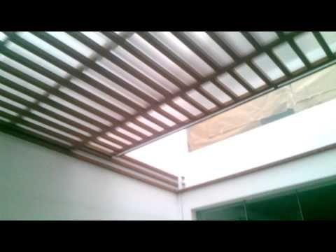 Techo corredizo sol y sombra con estructura de al for Techos de terrazas