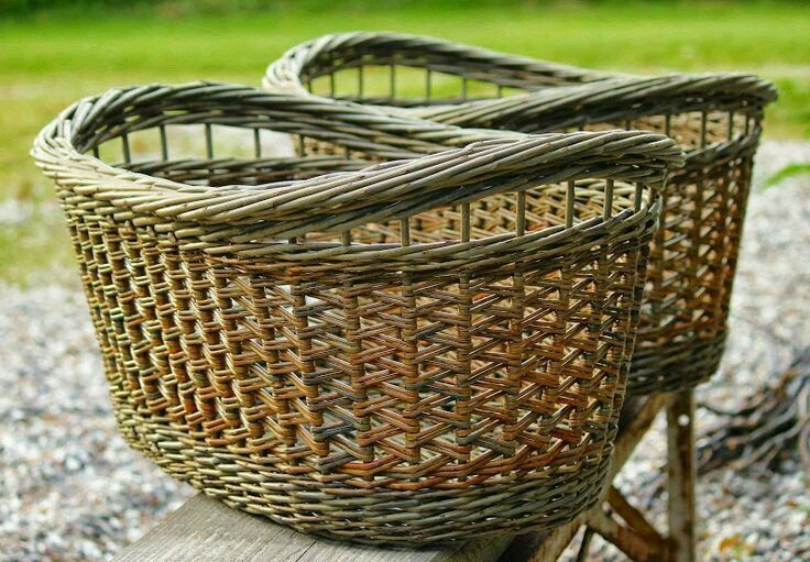 101 best images about baskets on pinterest paper weaving provence style and bee skep - Wicker beehive basket ...