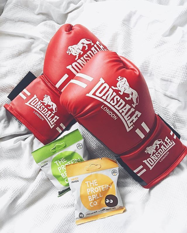 Rolling into the weekend with a boxercise class and our #proteinballs #fitness #exercise #rollwithus