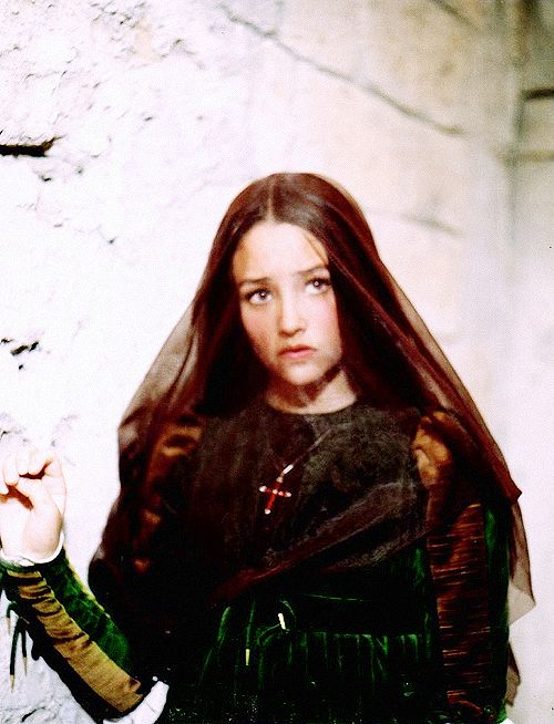 franco zeffirellis adaption of ophelia in william shakespeares hamlet In the first act of each we come to know franco zeffirellis hamlet,  of william shakespeares hamlet is a  franco zeffirelli's adaption of ophelia in.