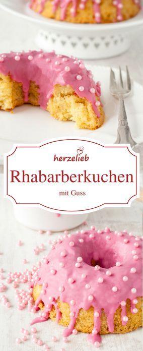 Food - Rezept für einen Rhabarberkuchen mit rosa Zuckerguss. Rhabarber in ein rosa Kleid gehüllt von http://herzelieb.de