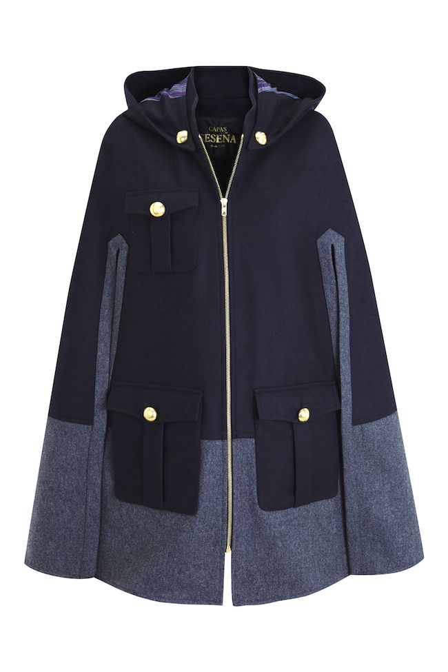 Atlantic cape by La Condesa for Capas Seseña Inspired by british trench coats this cape is perfect when riding your bike around the city La Condesa — Atlantic
