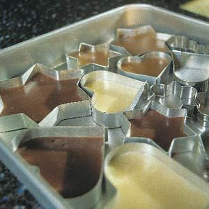 So in the mood for these Dutch sweet 'borstplaatjes'! Too bad they don't have them in Australia :(