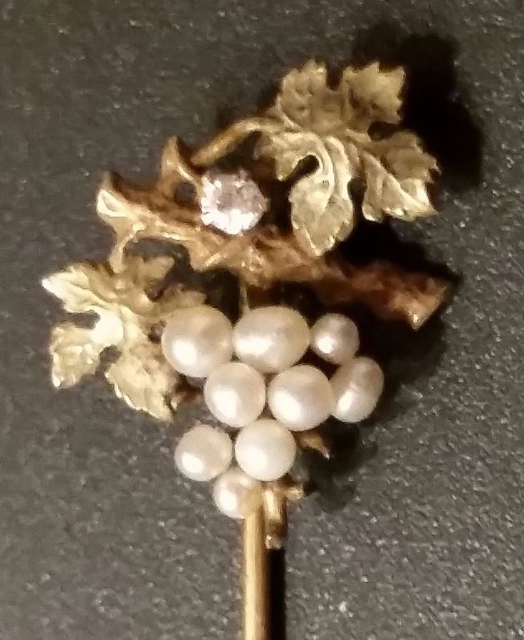 ANTIQUE DIAMOND & PEARL in 10K GOLD TIE STICK PIN 1900's  Bunch of Grapes