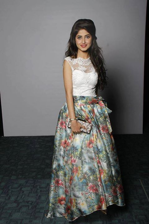 Sajal ali looks like a barbie doll she is so beautiful love her she my favourite actress and model.