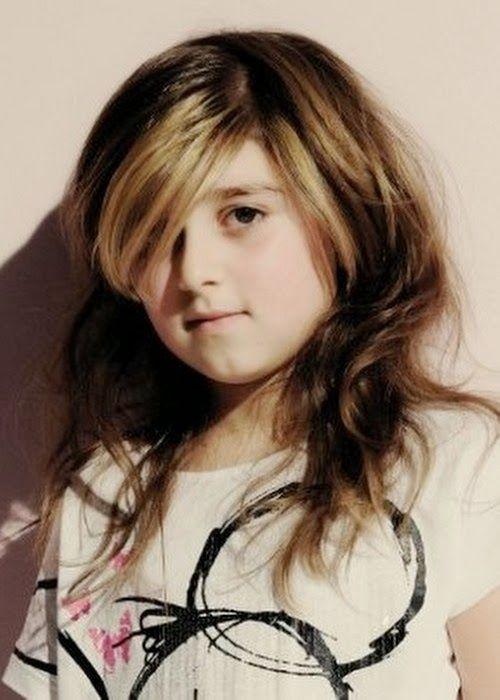 Frisuren für Kinder mit langen Haaren. ,, .