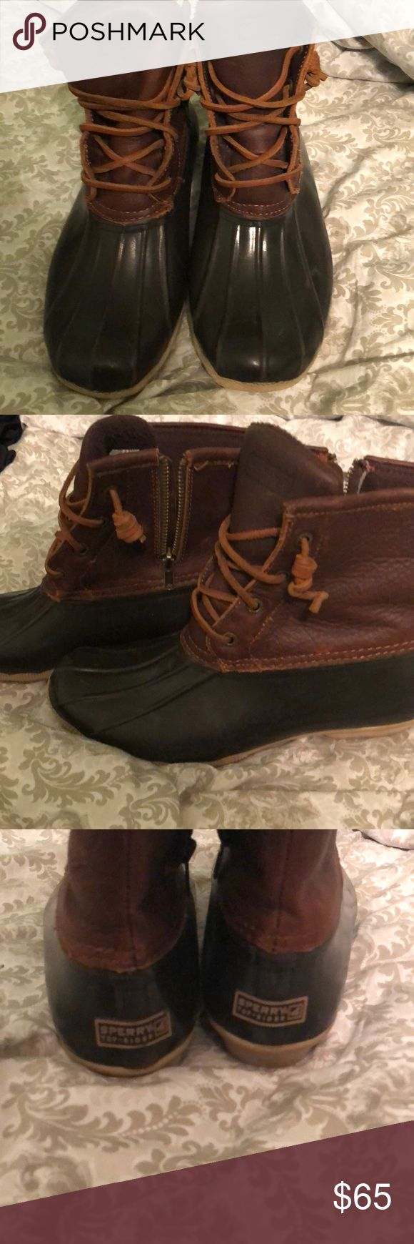 Sperry bean boots Dark brown and black rubber & leather sperry bean boots. Been worn multiple times and in good condition. The leather is just a bit wrinkled from being worn but it's not bad. Sperry Top-Sider Shoes Winter & Rain Boots