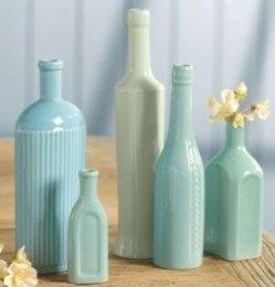 Peindre des bouteilles en verre en déco !