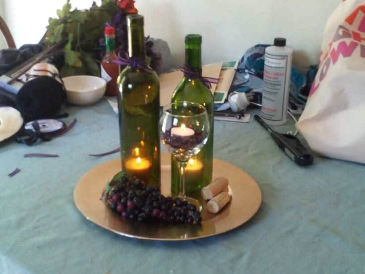 Wine themed weddings wine themed centerpieces for for Wine centerpiece ideas