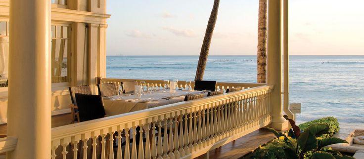 Udsigt fra Beach House restauranten på Moana Surfrider hotellet, Hawaii