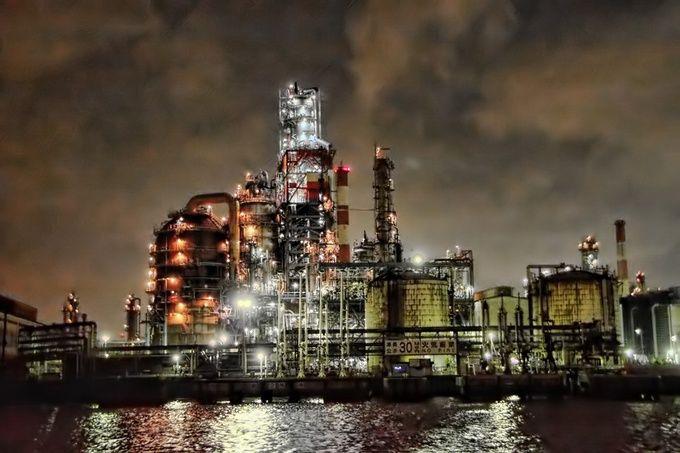 2015年は『工場萌え』ブーム? 日本五大工場夜景が美しすぎる   RETRIP