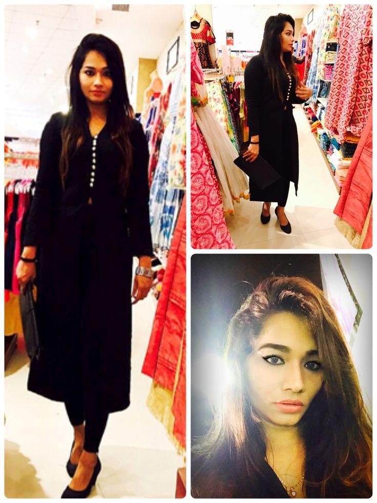 ethnic look! eid style #tunic #black #eidmakeup #makeup #kurti #ethnicfashion  #indianfashion #designerwear #designerlook