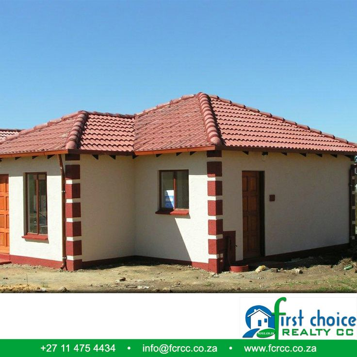 Tuscan Development in Heidelberg,Build by First Choice Realty CC.  Bergsig This development is in close proximity to all amenities such as schools, transport, churches and shops. Click here for more photo's: http://besociable.link/BO Visit our website: http://besociable.link/4g #Heidelberg #affordablehousing #property