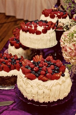berry cakes for the dessert buffet