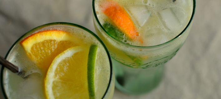 Συνταγή για σπιτική λεμονάδα, τώρα με τα φρέσκα λεμόνια [εικόνες]