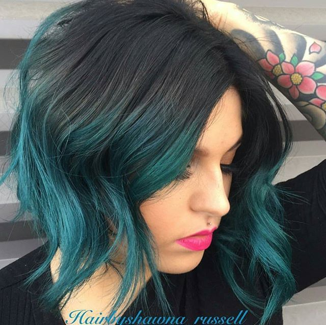 """Black Teal ... @hairbyshawna_russell """"transformed my previous pink client to black and teal with #igora 3-0+1-1 on base and teal and green locked in #pravana) #behindthechair #vivids"""