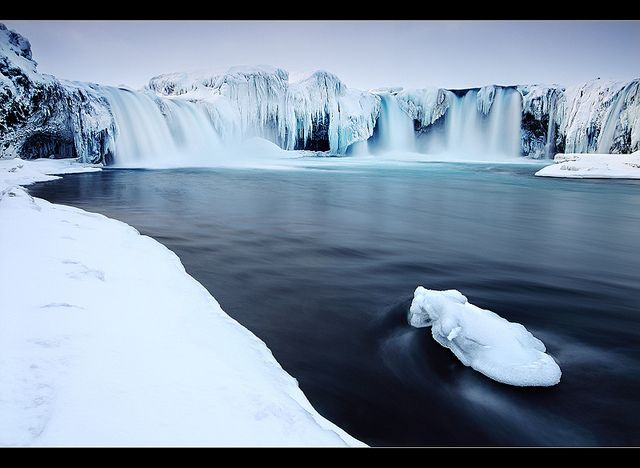 Water Fall Of the Gods, Iceland (froze)
