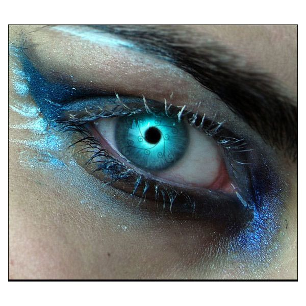 It's All in the Eyes 100 Beautiful Photo Manipulations ❤ liked on Polyvore featuring eyes, makeup, backgrounds, pictures and beauty