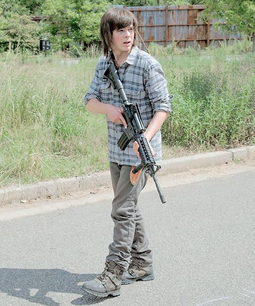 "The Walking Dead Season 6 Episode 2 ""JSS"" Carl Grimes:"