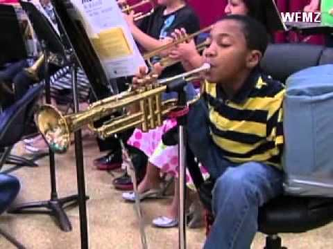 Armless 10-Year-Old Boy Plays the Trumpet With His Foot