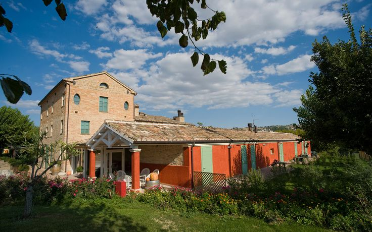 Agriturismo e country house nelle Marche (Serra de Conti, Arcevia, Senigallia, Corinaldo, Ancona)
