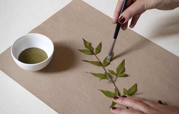 Carta da regalo dipinta a mano