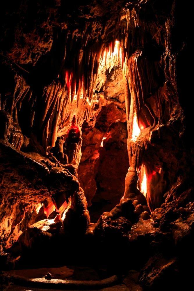 Saint Cezaire Caves (small cave) - Saint-Cezaire-sur-Siagne, France