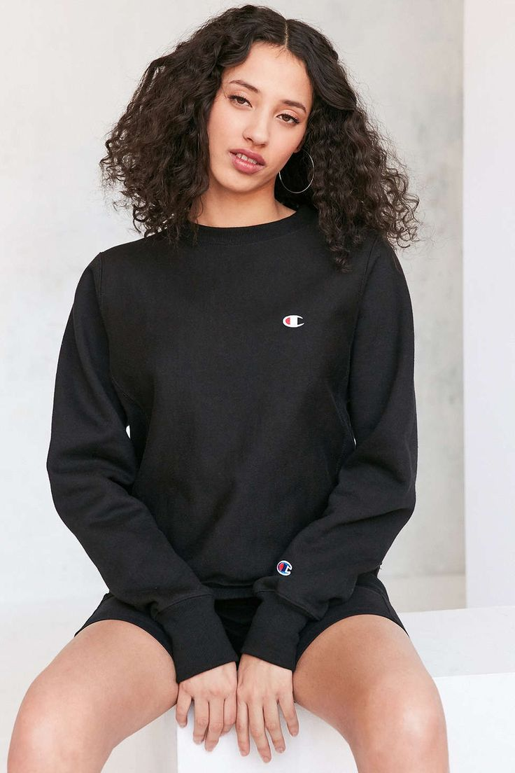 Champion + UO Patch Pullover Sweatshirt - Urban Outfitters