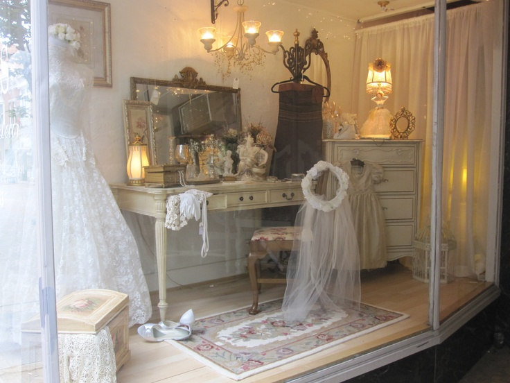 124 Best Images About Bridal Amp Wedding Displays With Mannequins On Pinterest Bridal