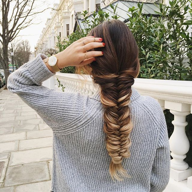 It's all about cozy sweater and fishtail braid today  @luxyhair #ombreblondeluxyhair