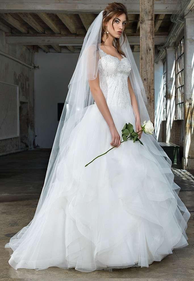 Amato Oltre 25 fantastiche idee su Abiti da sposa con cristalli su  WS33