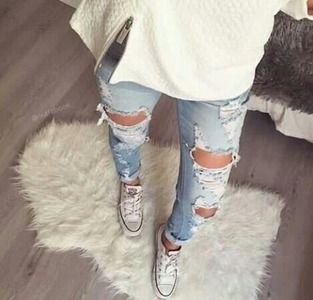 Riped jeans, gotta love them...