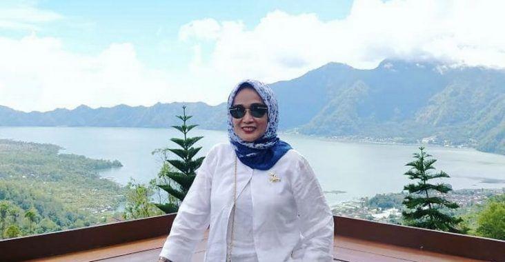 Kemenpar Perkenalkan Bali Dan Labuhan Bajo Berita Dunia Bali Rayban Wayfarer Mens Sunglasses