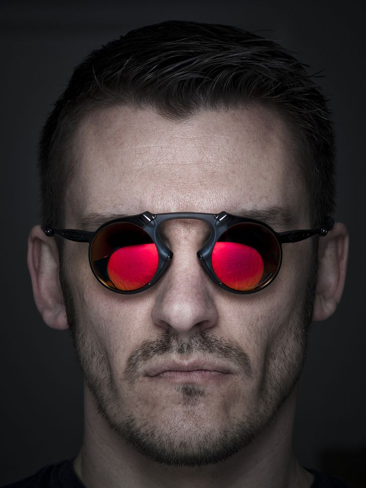 eakly black single men Browse lenscrafters' sunglasses for men, including men's designer & prescription sunglasses that'll keep your look cool & vision clear.