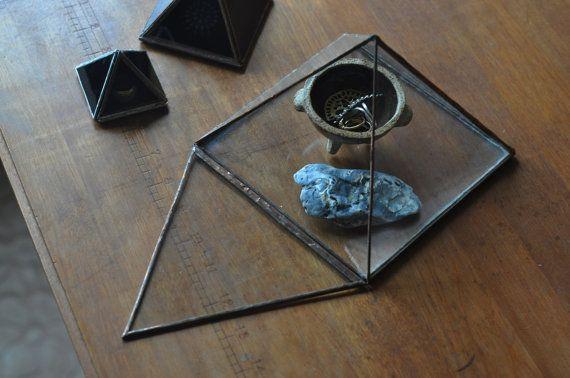 PyramideAufsteller große Glaspyramide von ABJglassworks auf Etsy