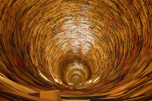 36 Metaphors for Translation || Image: Tunnel of Books in the Prague Municipal Library.